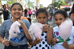 Los niños se divirtieron durante Carnaval con todo tipo de dulce. Foto: Sandra García