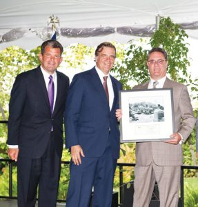 Martin G. Englisher (far right) was presented with the Leadership Award and has been the executive vice president of the YM & YWHA of Washington Heights and Inwood since 1981.