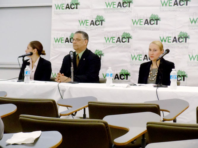 A forum on mass transit issues in northern Manhattan was attended by three candidates for the 72nd Assembly District; from left to right: Mayra S. Linares, Ruben Vargas and Gabriela Rosa.