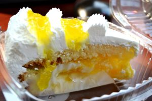 The bakery offers traditional Dominican baked goods, such as the classic meringue cake filled with layers of sweet pineapple filling.