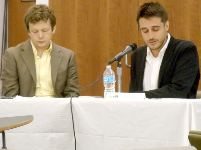 """The discussion was moderated by WE ACT Environmental Policy and Advocacy Coordinator Jake Carlson (left) and Jose Simián (right), veteran journalist and host of """"Contraportada"""", an arts and culture segment on NY1 Noticias."""