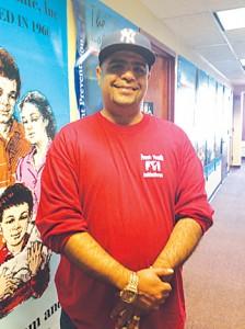 """""""Queríamos llevar ayuda a donde más se necesitaba"""", dijo el director ejecutivo de FYI Steve Ramos."""