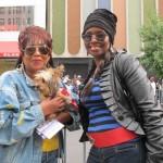 """""""Esto debería ser televisado"""", dijo Delores Mills (a la derecha), con su amiga Joyce Owens."""