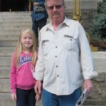 """""""Dios da la bienvenida a todos"""". Paul Carr con su hija Annie"""
