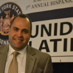 """""""Es importante participar"""", dijo el presidente de la Federación Hispana José Calderón en la Conferencia de Unidad Latina. Foto: R. Kilmer"""