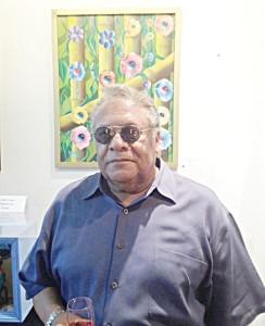 """""""Todo lo que pinto viene de mi propia imaginación"""", dijo el co-curador l Vinnie Dark."""