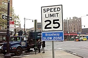 slow-sign-broadway(web)
