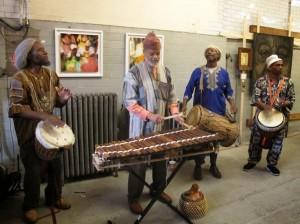 Bateristas tradicionales de África del Oeste tocaron. Foto: Line Krogh