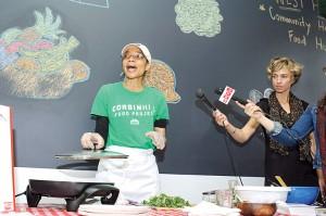 Una demostración de cocina del proyecto de alimentos Corbin Hill.