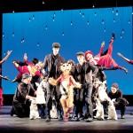 """""""Es una ópera sofisticada que es accesible para todo el mundo"""", dijo David Bennett de Gotham."""