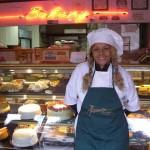 La restaurantera Renee Mancino fue encontrada muerta en su pastelería.