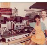 Renee con su marido y socio, Roberto Mancino, en años anteriores. Foto: carrottoppastries.com