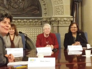 From left to right: Senior Executive Director of the Department of English Language Learners (ELLs) and Student Support Milady Báez, Chancellor Fariña and Senior Deputy Schools Chancellor Dorita Gibson.