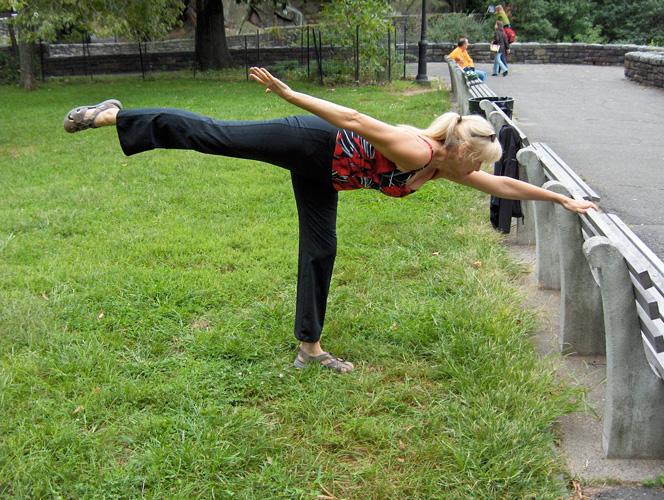 Practique sus ejercicios de equilibrio.