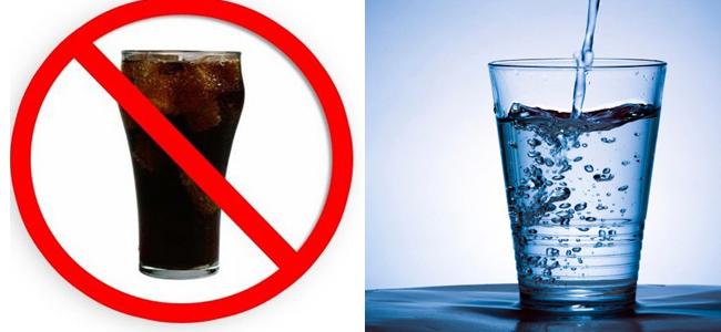 Cambie las sodas por H2O.