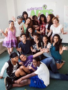 Statement Arts' College Prep and Empower Youth programs are now accepting applications.