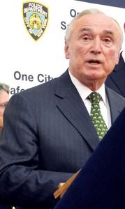NYPD Commissioner William Bratton (center).