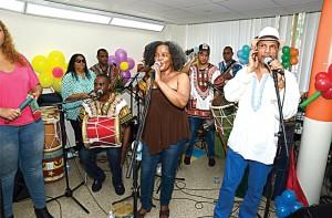 Kumba Carey performed.