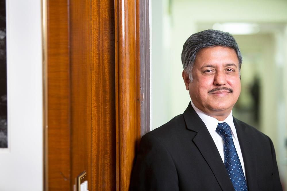 El presidente de la HHC Dr. Ram Raju.