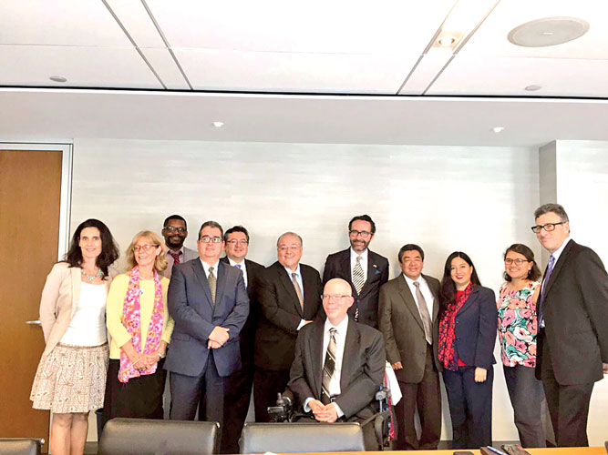 CUNY administrators, including Senior Vice Chancellor Jay Hershenson (center left) and the consul gathered to discuss the progress of Mexican and Mexican-American students in higher education. Photo: Consulmex Nueva York