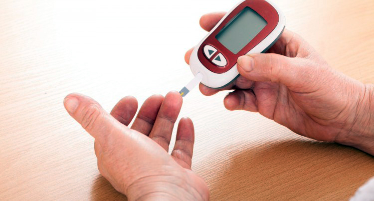 A blood glucose meter can help.