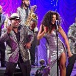The band La Tribu de Abrante collaborated with singer Jeimy Osorio.