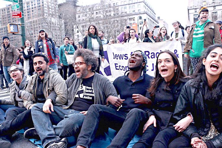 Some protestors were arrested. Photo: JFREJ