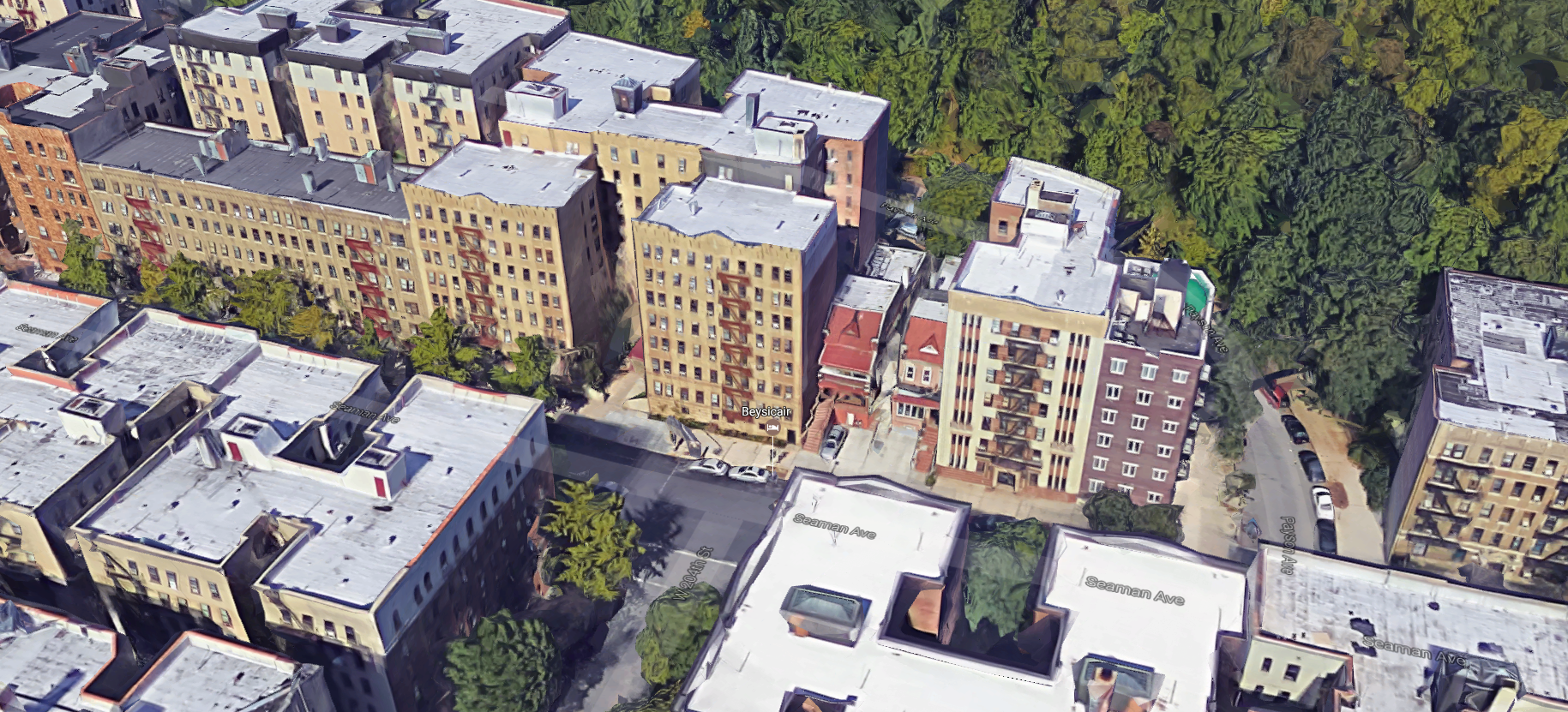 The property is nested between 110 Seaman, 116 Seaman and 175 Payson Avenue. Photo: Google Earth