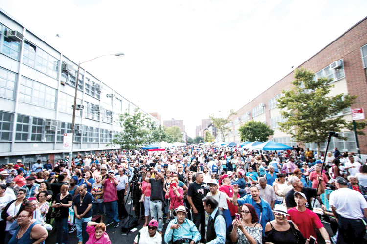 Thousands attend the three-day event. Photo: Ojos Nebulosos