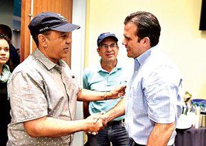 Espaillat met with Gov. Ricardo Rosselló during his visit.