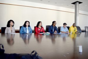 The discussion was held at the headquarters of service worker union 32BJ SEIU.