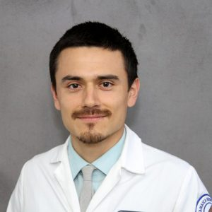 Alum Patricio Guaiquil is a resident in family medicine at Jamaica Hospital.