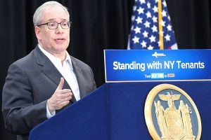 Comptroller Scott Stringer said his office has audited NYCHA nine times in the last four years. Photo: Office of the Governor