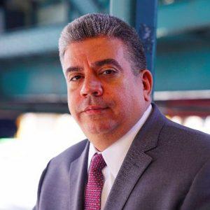El fiscal de distrito de Brooklyn, Eric González, dijo que vaciaría y sellaría las pasadas condenas por marihuana.