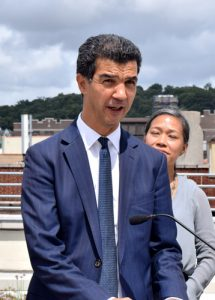 """""""Estoy teniendo buenas conversaciones con esta administración"""", dijo el concejal Ydanis Rodríguez."""