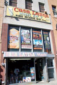 Casa Latina es una institución del vecindario.