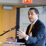 Robert Rodríguez representa al distrito 68 de la Asamblea del Estado de Nueva York.