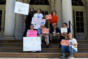 Los miembros de la comunidad rechazaron el plan de rezonificación. Foto: C. Vivar