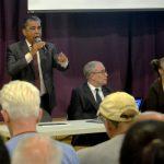 """""""Todo es posible en este vecindario"""", tronó el congresista Adriano Espaillat."""