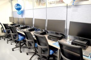 This is the 25th computer lab opened by Spectrum in the city.