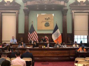 Los subcomités del Concejo votan en el Ayuntamiento.