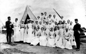Dix sirvió como superintendente de enfermeras en la Guerra Civil de los Estados Unidos.