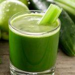 Una limpieza de jugos generalmente implica la falta de alimentos sólidos.
