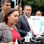 """""""Es importante reconocer las contribuciones de inmigrantes y dominicanos"""", dijo la senadora estatal Marisol Alcántara."""