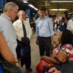 Funcionarios electos tomarán el tour de transporte.