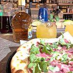 La nueva comida abarca las cocinas italiana y estadounidense.